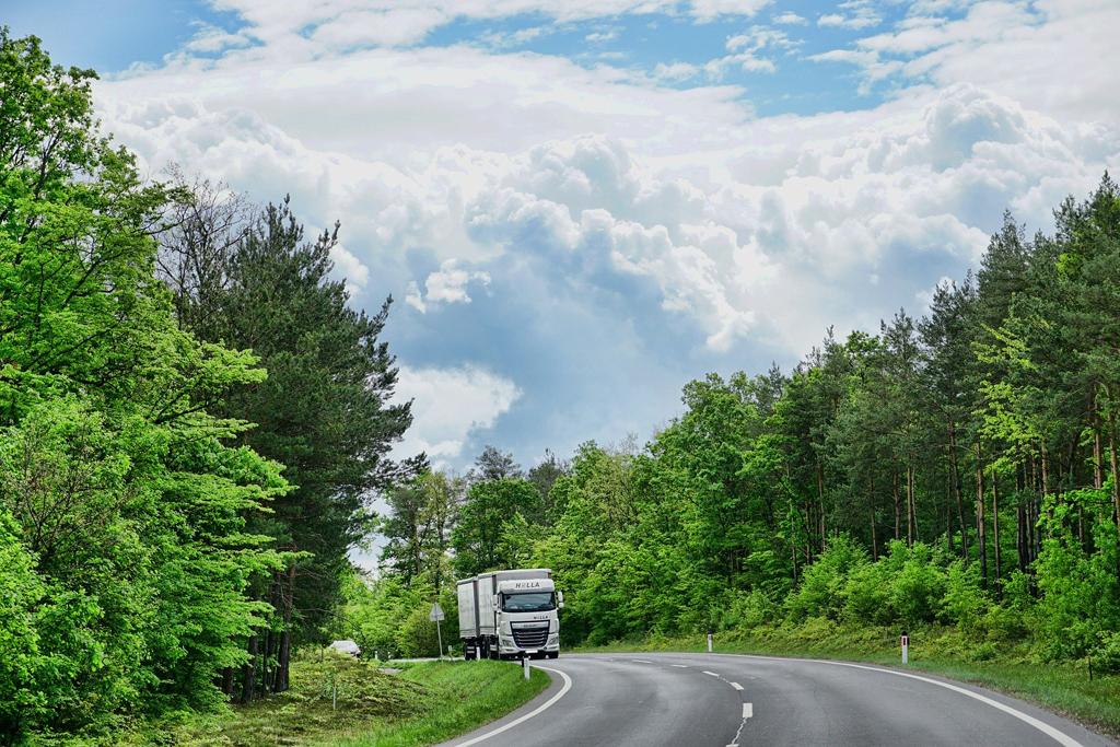 Prawo: Nowe zasady przewozu osób w publicznym transporcie, Magazyn Ciężarówki
