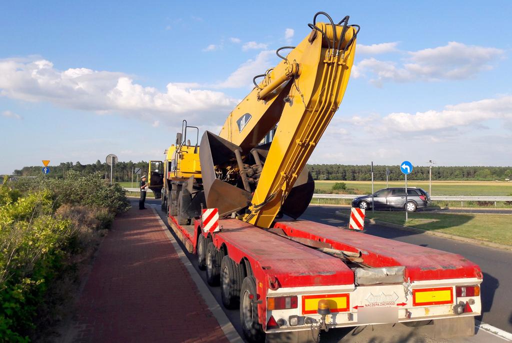 PRAWO: Za ciężki, za długi, za szeroki, za wysoki i bez pozwolenia, Magazyn Ciężarówki