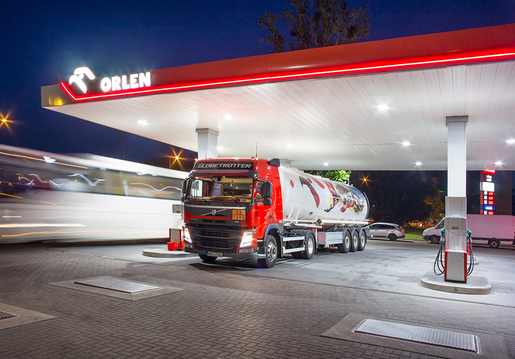 PKN ORLEN: Bezpieczeństwo na stacjach, Truckslog.pl