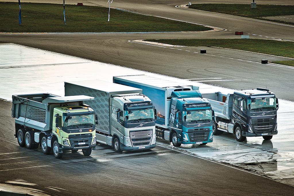 Volvo Trucks: Fantastyczna czwórka, Truckslog.pl