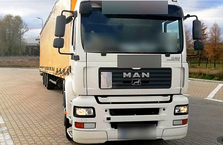 PRAWO: Stracił prawo jazdy z powodu słuchu, mimo tego wyjechał ciężarówką w trasę, Truckslog.pl