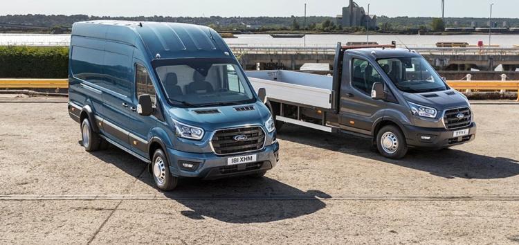 FORD: Transit ciężarówką – flagowy dostawczak o większej ładowności i DMC 5 ton (galeria zdjęć)