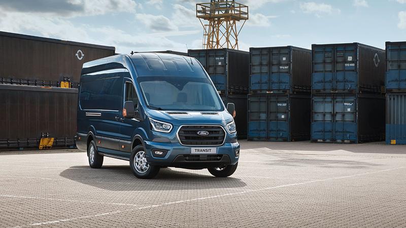 Transit Van może mieć ładownię o objętości aż 15,1 m3.
