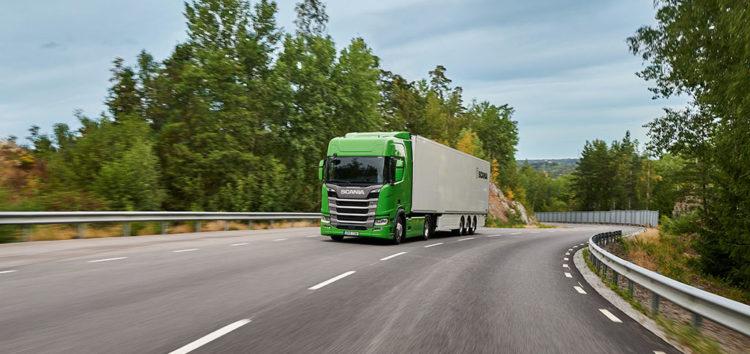 """SCANIA: Po raz piąty z rzędu tytuł """"Green Truck"""" dla szwedzkiego producenta ciężarówek"""